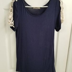 Lace tshirt